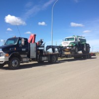 Five Ton c-w Picker and Triaxle Trailer-2